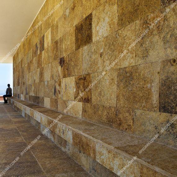 (1) pedra-barroca-parede-diagonal