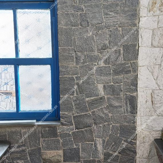(1) pedra-santa-isabel-parede