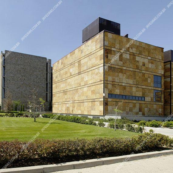 (4) pedra-barroca-parede-lateral