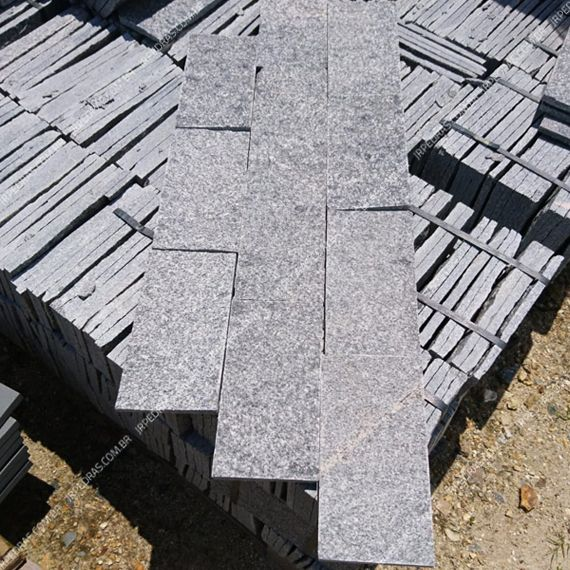 pedra-gnaisse-cinza (1)
